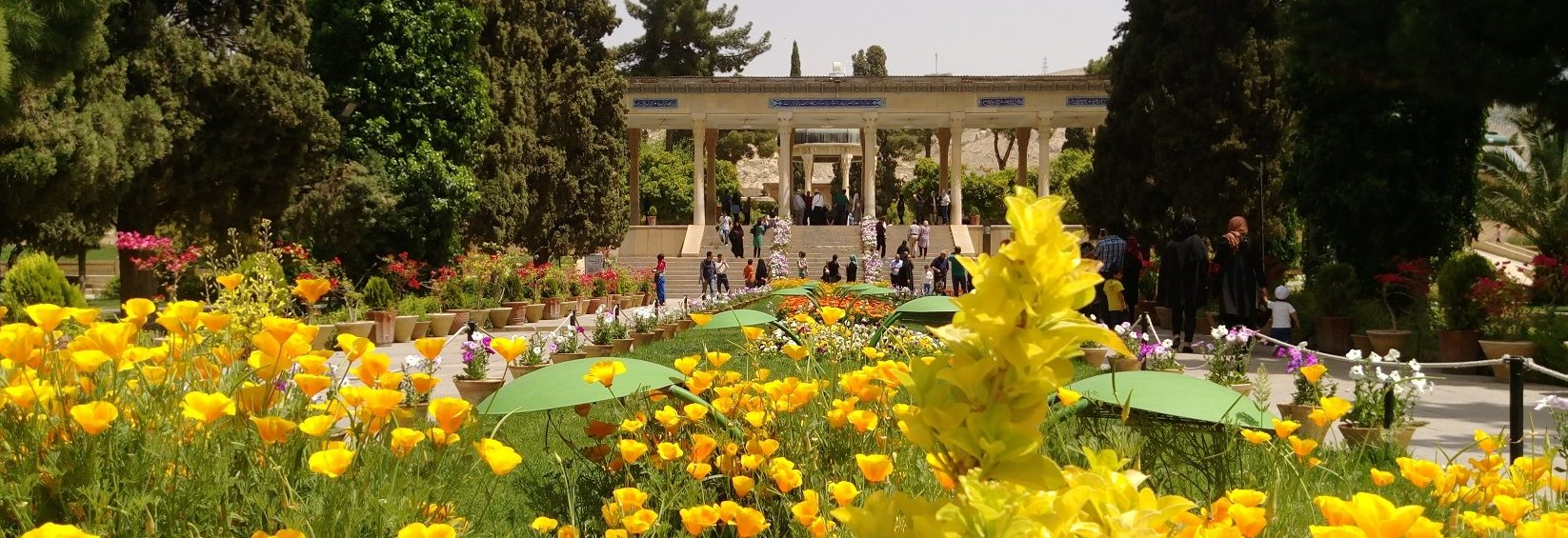 Hafez tomb of Shiraz, city of gardens, le grand tour de l' Iran